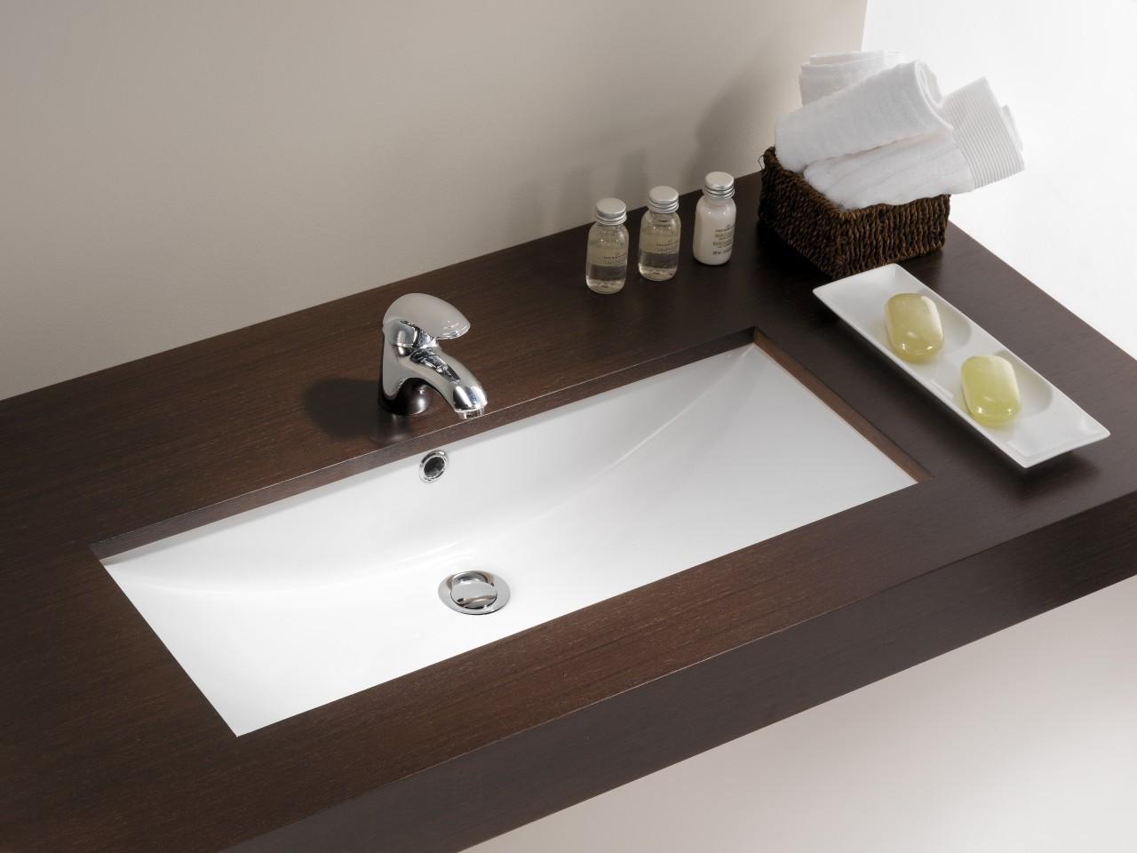 Encimera de bao para lavabo great mueble bao lavabo sobre for Lavabo bajo encimera leroy merlin